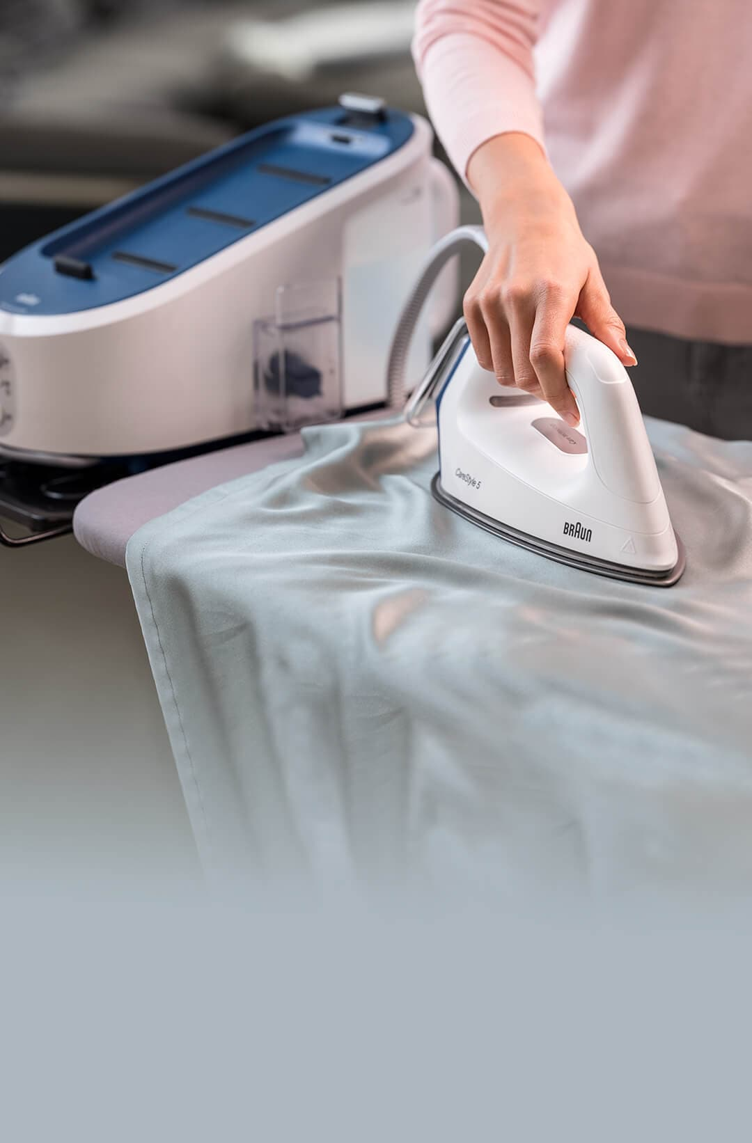Braun CareStyle 5 Steam generator iron